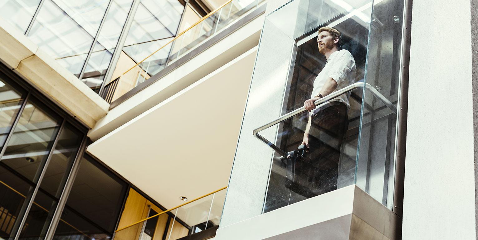 Mobilità urbana: progettati gli ascensori multidirezionali all'insegna dell'acciaio