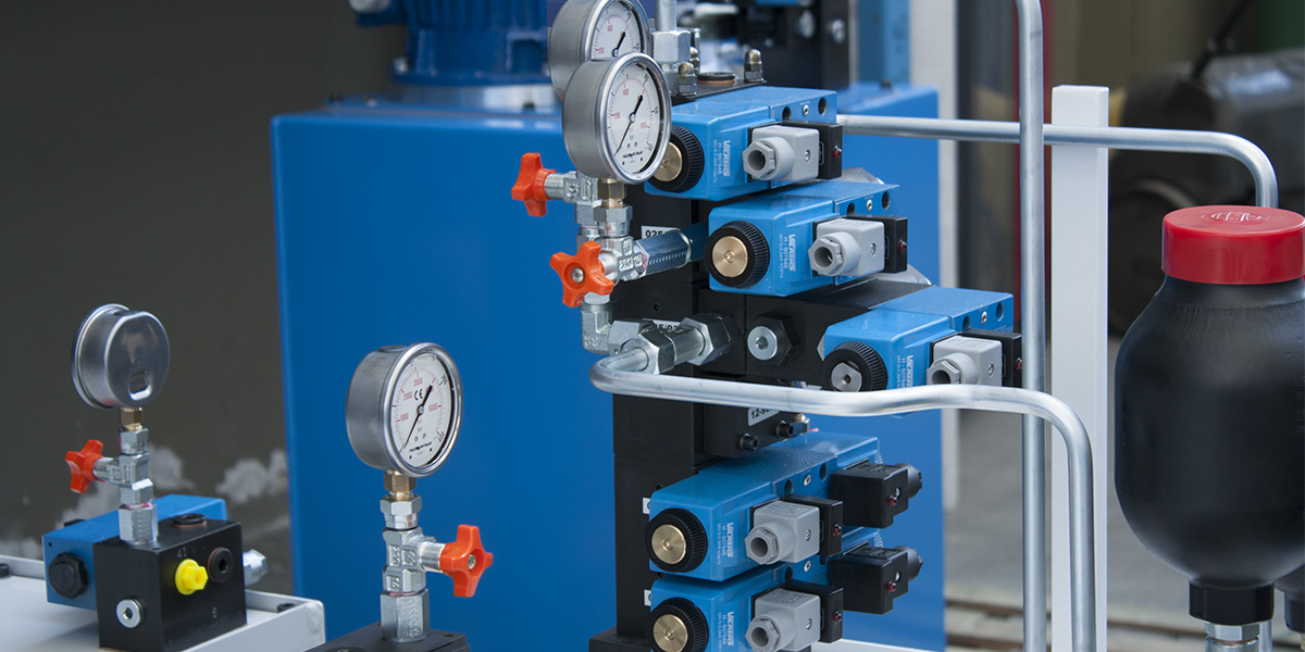 Hydraulic power packs? Do you need advice or information for their assembly?