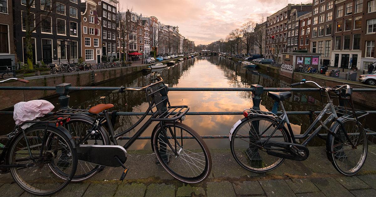 Amsterdam: pronto il primo ponte stampato in 3D (interamente in acciaio inox)