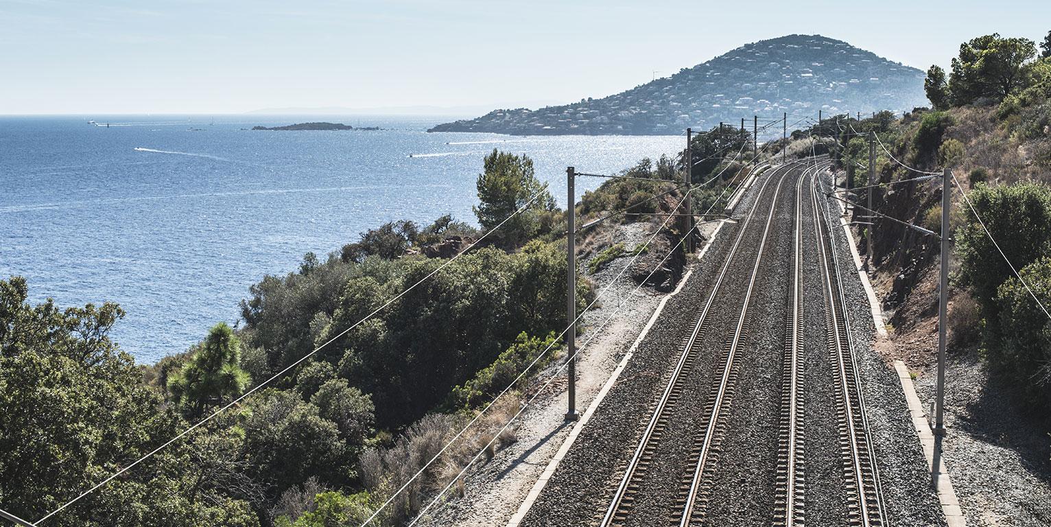 """""""Cuore Mediterraneo"""": le spiagge italiane diventano palchi per il riciclo dell'acciaio"""